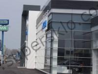 Стеклянный фасад Acura