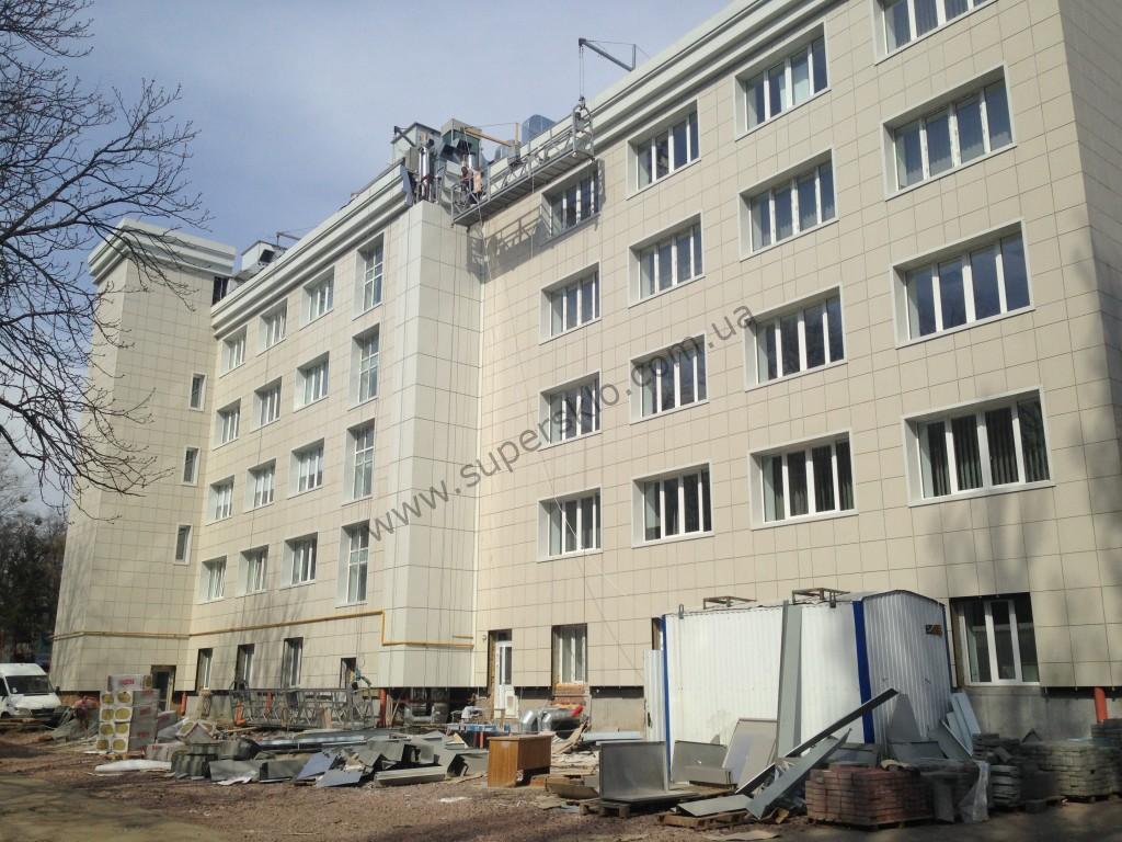 Керамогранитный фасад Киев